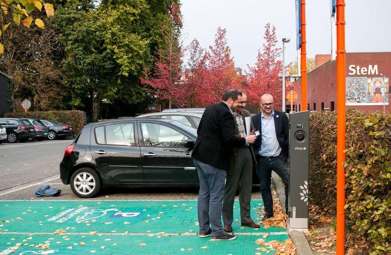Ook op Zwijgershoek is één van de elf nieuwe laadpunten al in gebruik.