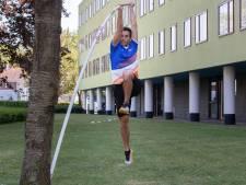 Tienkamper Alberto Brini traint creatief: 'Beste moment om nieuwe oefeningen uit te proberen'