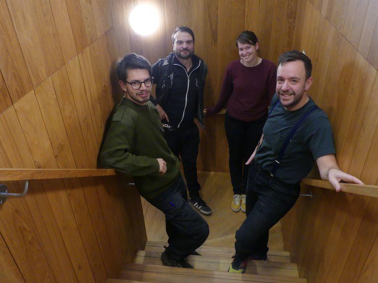 Jeff Donné, Christophe Blomme, Josien Storme en directeur Benoît Vanraes in de coulissen van het Leietheater.