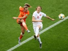 LIVE | Slordig Oranje is schrik na VAR-ingreep nog niet te boven