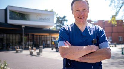 """Cardioloog Luc Janssens ziet helft minder patiënten: """"Kom alsjeblieft naar het ziekenhuis als het dringend is. Je kan ook sterven in uw kot"""""""