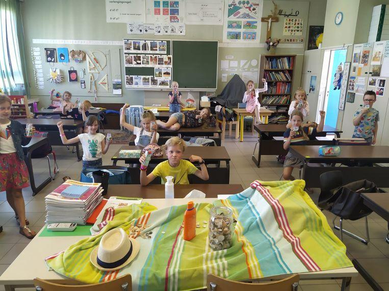 In de Emmaüs basisschool lieten de kinderen het zich alvast smaken.