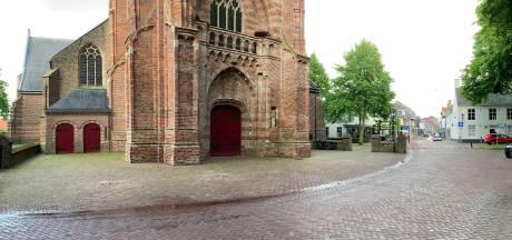Stichting Beekse Toren is klaar met foutparkeerders voor de kerk