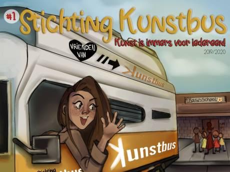 Deze Hoeksche Waardse kunstenares heeft nu haar eigen stripfiguur