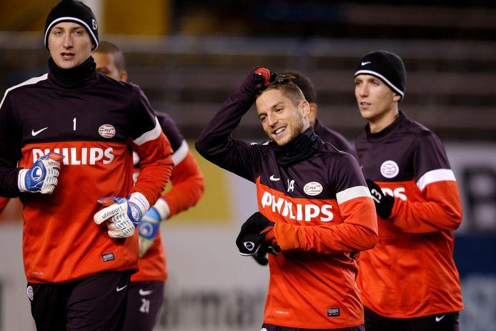 Przemyslaw Tyton, Dries Mertens en Peter van Ooijen trainen bij PSV in seizoen 2012/2013.