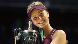 Svitolina verzekert zich met WTA Finals van eerste grote eindzege - Federer met 9de titel in Bazel