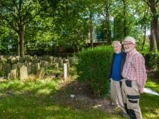 Plaquette voor zestig Gouwenaars die stierven tijdens de Tweede Wereldoorlog