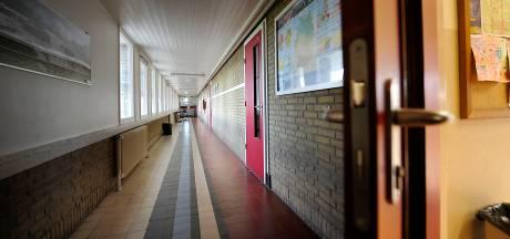 Stakende docenten in Twente krijgen niet doorbetaald: 'Principiële keuze'