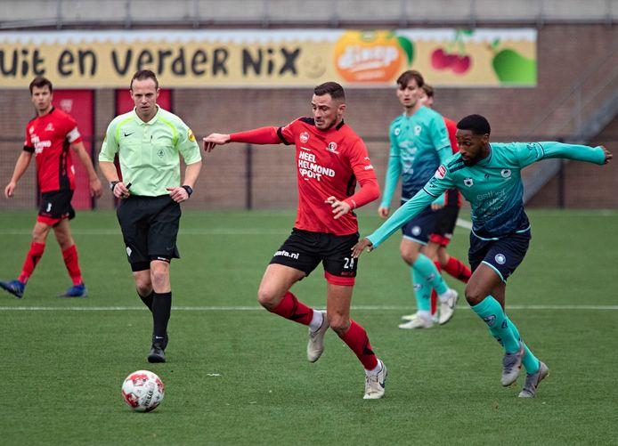 Jordy Thomassen speelde een uur mee tegen Excelsior.