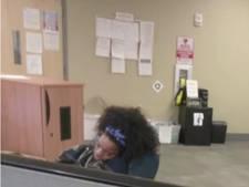 Snurkende medewerker Amerikaanse alarmcentrale geschorst