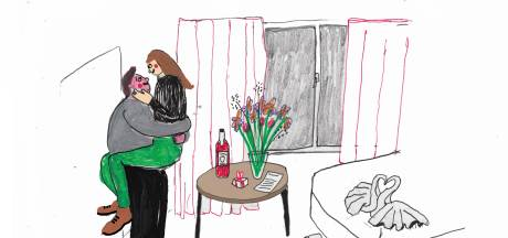 Alex voelt zich fijn bij Kim: 'Met eerdere bedpartners voelde ik me onzeker over mijn lijf'
