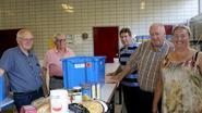 Voedselbank blaast tien kaarsjes uit