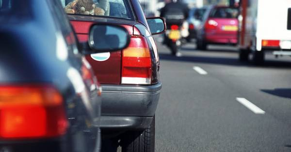 File op A2 Den Bosch richting Eindhoven na ongeluk.