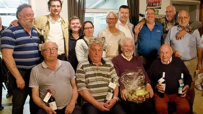 Open Vld-kaarters vieren kampioen manillen