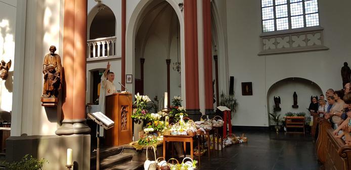 Poolse gemeenschap viert Pasen in de Mariakerk