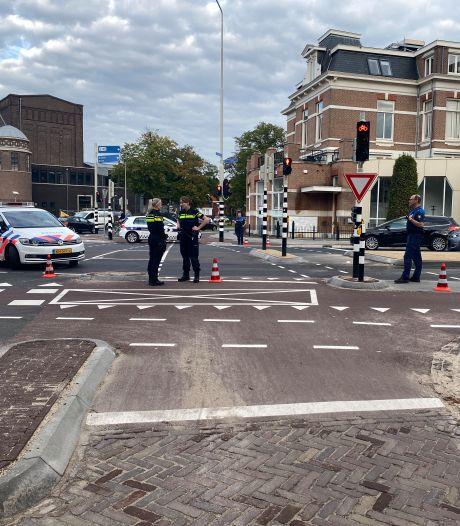 Fietser raakt gewond bij botsing met auto op Sint Annastraat in Nijmegen