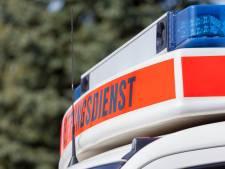 24-jarige Zevenaarder overleden na botsing met boom door ijzel in Isselburg