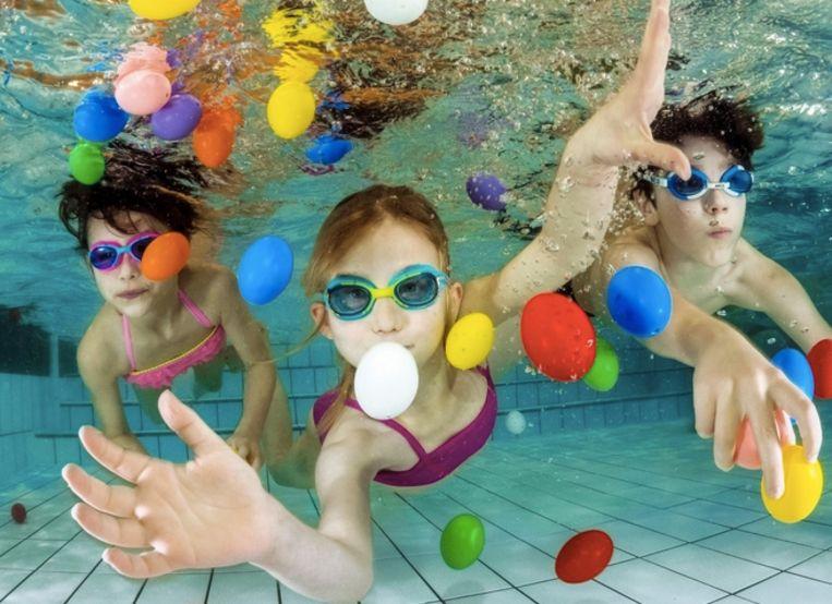 Ook dit jaar kunnen kinderen achter eitjes duiken in de Antwerpse zwembaden.