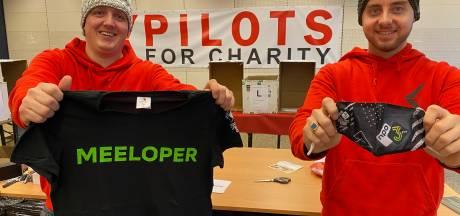 Deze piloten mogen nu niet vliegen, maar hebben al wel 17.000 euro opgehaald voor het Rode Kruis