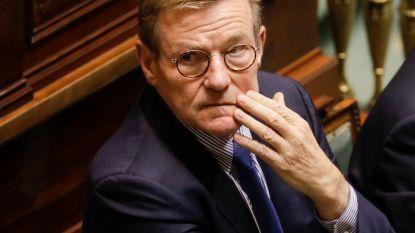 """Van Overtveldt deelt communautaire tik uit aan Wallonië en Brussel: """"Tewerkstelling moet er omhoog om begrotingstekort op te lossen"""""""