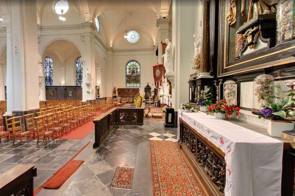 Google Streetview mocht ook het interieur van de kerk in beeld brengen.
