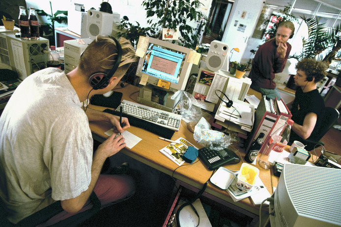 De helpdesk van Xs4all in Amsterdam in 1998.