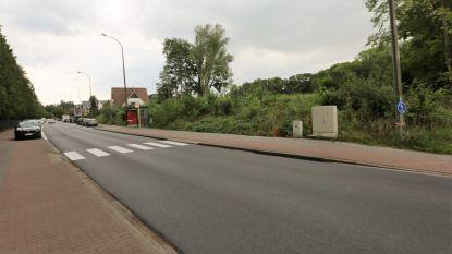 """Ondernemer die nieuwe feestzaal wil bouwen in Huizingen verrast door protest: """"Buren hebben er geen probleem mee"""""""