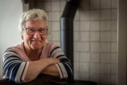 Tiny Beckers-van Sinten is 60 jaar lid van wandelvereniging Zuth.