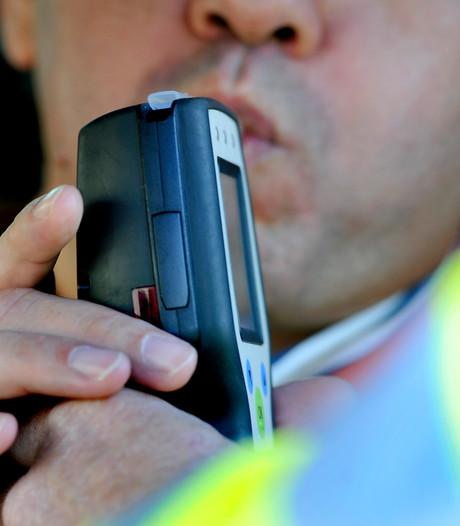 Man drinkt bijna vijf keer te veel en wordt aangehouden in Lelystad