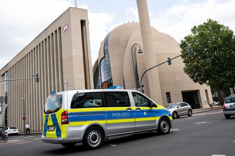 De moskee van Keulen moest eergisteren al ontruimd worden.