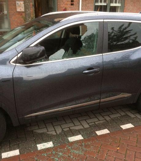 Sloopspoor door Etten-Leur: 'Zeker dertig auto's vernield en de teller loopt nog'