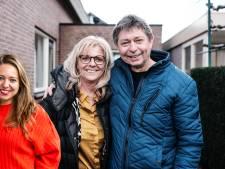 Na twee weken quarantaine vanwege het corona-virus kon Lisanne haar vader weer knuffelen
