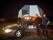 Vier Albergenaren in oude Opel naar Oostblok: 'Slapen op de auto'