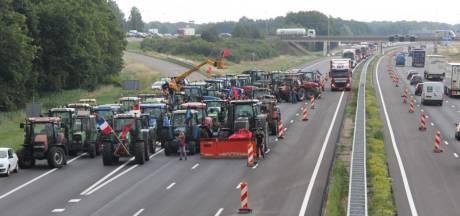 Verkeersinfarct op A1 tussen Hengelo en Apeldoorn door boerenblokkade
