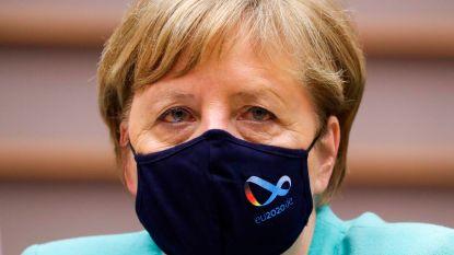 Merkel met mondmasker in Brussel: EU moet één front vormen om sterker uit crisis te komen