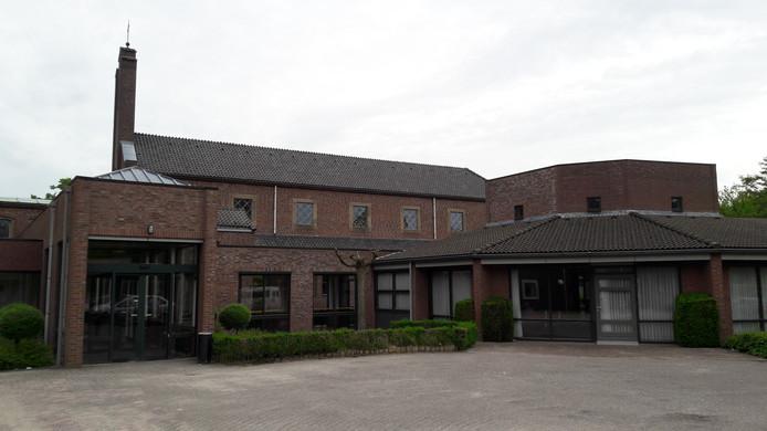 Het Annahof in Wijbosch is aangekocht door Laverhof. Dit gebouw is in beeld voor nieuwe woningen.