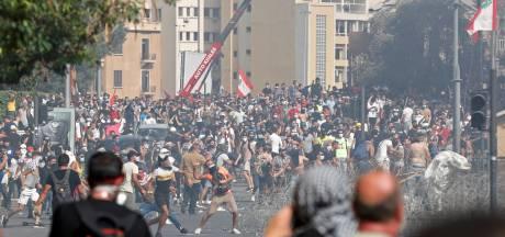 Politie zet traangas in tegen boze, rouwende demonstranten in Beiroet