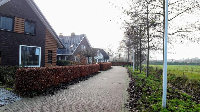 De bewoners van De Houtwal in Wageningen hebben straks een bedrijvenpark in hun achtertuin.