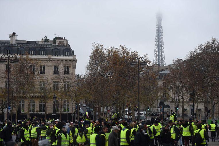 Ook de Eiffeltoren blijft zaterdag gesloten.