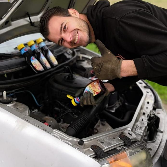 Stroop als smeermiddel voor je motor, werkt dat?