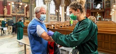 Een griepspuit in plaats van goddelijke geestkracht