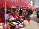 Jan Westerhout tijdens zijn laatste reis naar zijn geliefde Portugal in juli vorig jaar. De reis was verzorgd door Stichting Ambulancewens.