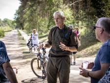 Op zijn elektrische mountainbike is boswachter André  gastheer en boeman tegelijk op Sallandse Heuvelrug