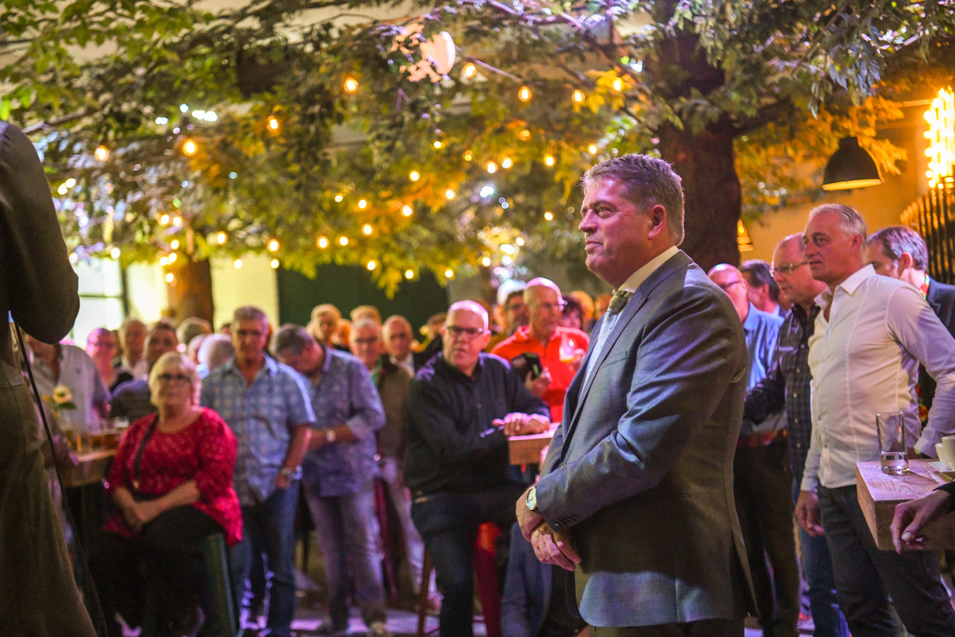 Afscheid burgemeester Van Aert.