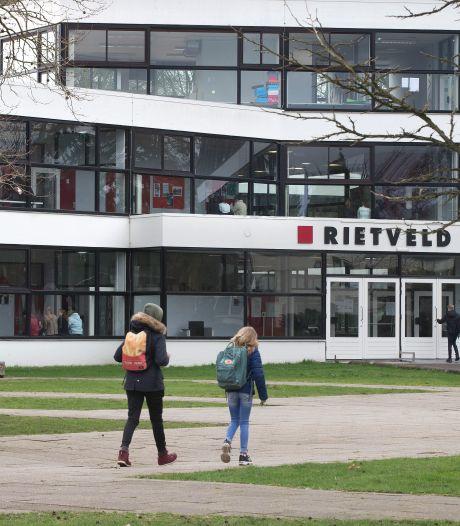 Dertig leerlingen van school in Doetinchem in isolatie na besmetting vier scholieren