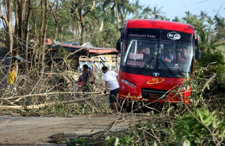 De verwoesting in Cebu City, waar Maartje Ruijgt woont. Beeld ap