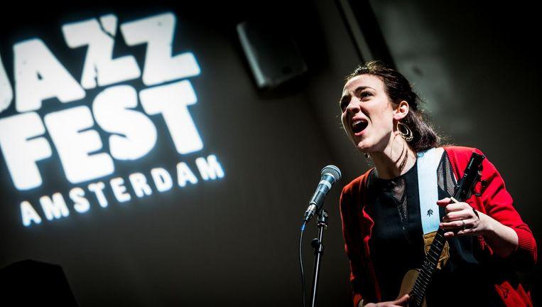 Becca Stevens op Jazz Fest Amsterdam. Beeld Eric van Nieuwland
