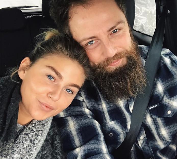 Rox en haar verloofde Erik.