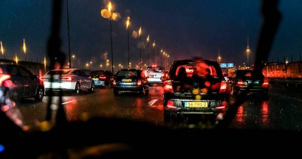 Ongevallen zorgen voor files en vertragingen rond Raalte en Heerde.