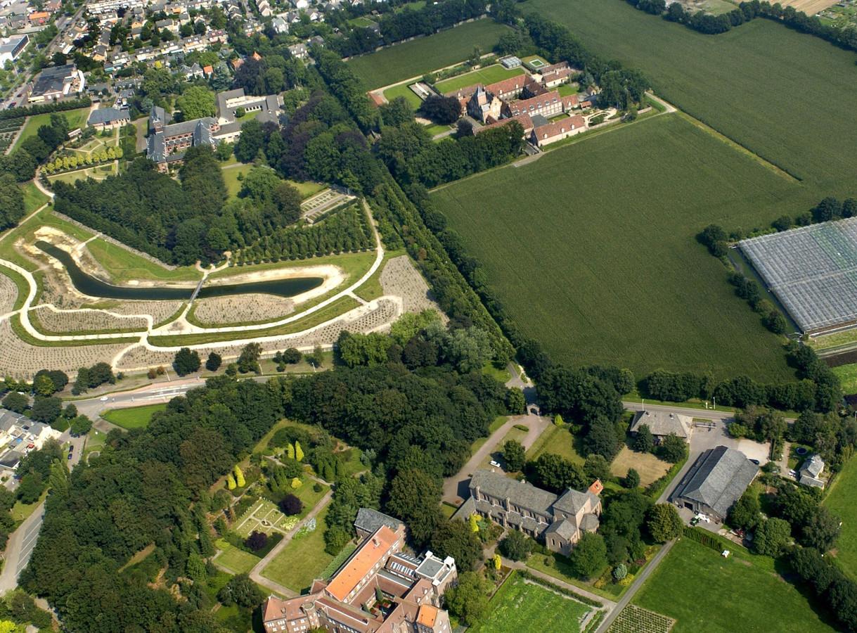 Luchtfoto uit 2004 van de Heilige Driehoek.